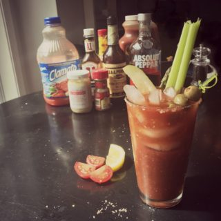 Get ready for the yummiest, easiest DIY Bloody Mary Recipe! Pin for your next Sunday brunch!