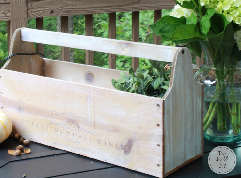 Make this project for about $6 and some scraps in your garage! #farmhouse #toolcaddy #diy