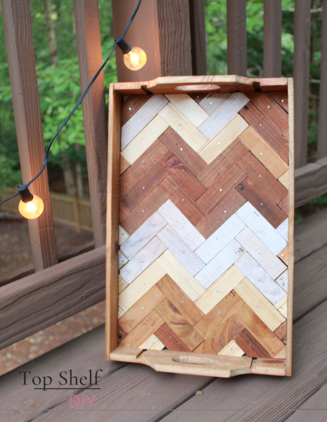 One of five DIY Christmas wood projects to make